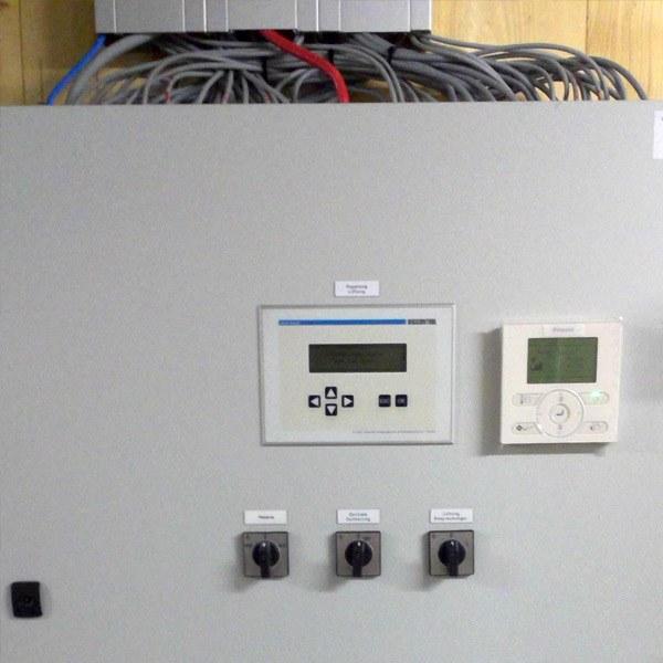 Errichtung einer Lüftungs– und Klimatisierungsanlage für ein Bürogebäude sowie Lager und Nebenräume
